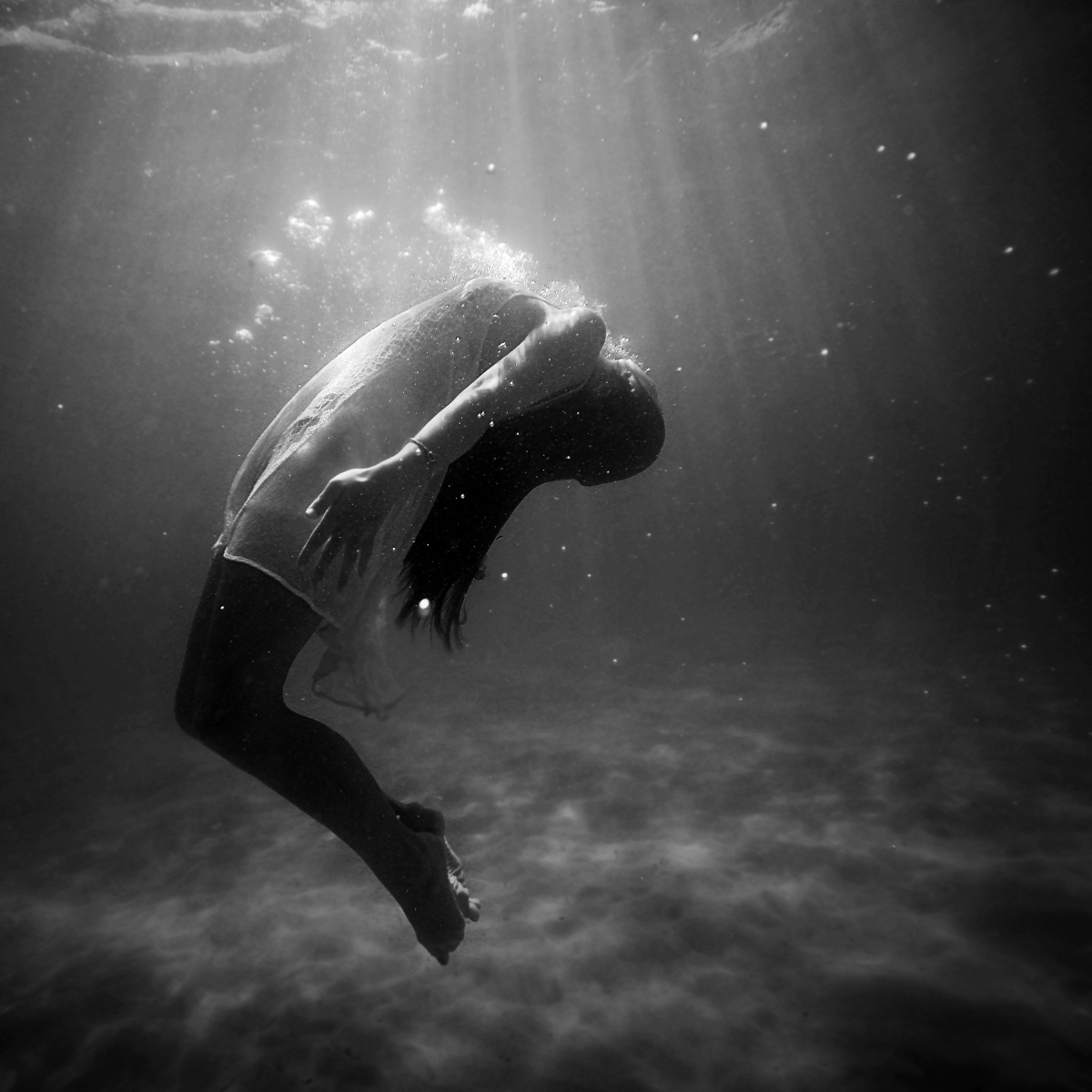 Drowning In Fear: Who Am I?
